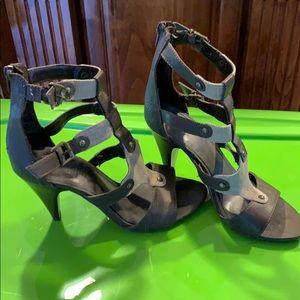 3/20$ Trend Report 9.5 gladiator heels